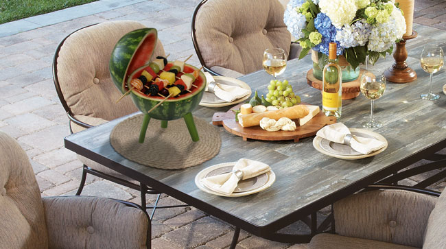 Edible-Grill-OW-Lee-Porcelain-Dining-Table